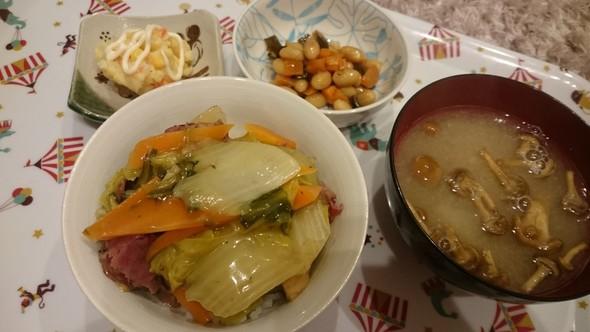中華丼×なめこと残り野菜のお味噌汁♡