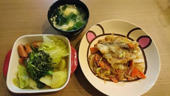 鱈のウスター炒め、焼きポトフ、味噌汁
