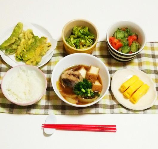 鯖缶と焼き豆腐の煮物で晩ごはん