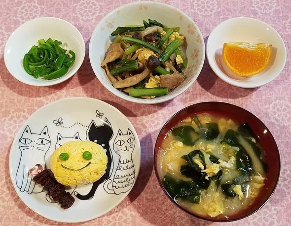 小松菜しめじオイスター炒め&卵型のお握り