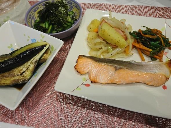 夕食 鮭の塩麹焼き