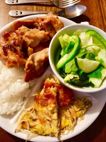 さっぱりと美味しい☆鶏モモ肉の塩焼き
