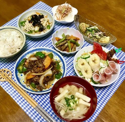 ☆焼き肉のたれで牛肉野菜炒め☆