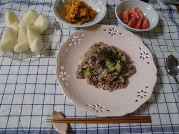 2018.10.4 黒米チャーハンで夕食