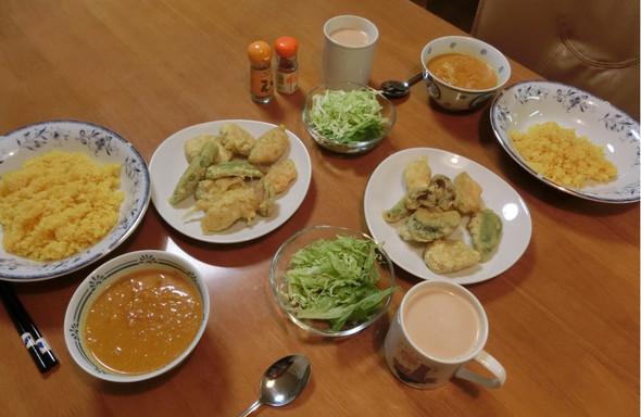 インドカレー と 野菜パコラ