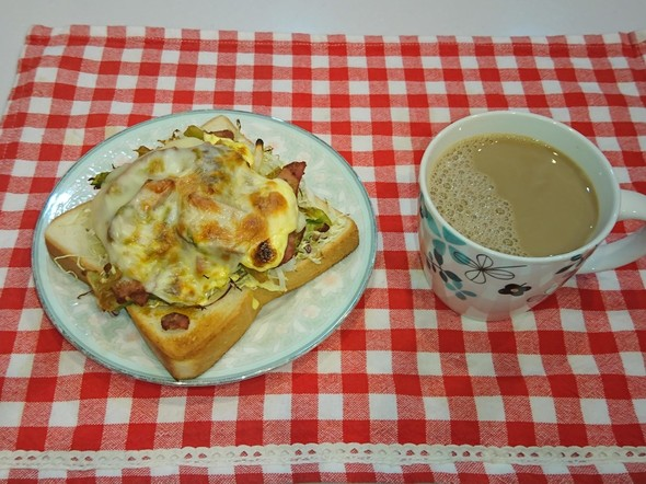 朝食 葱チャーシュートースト