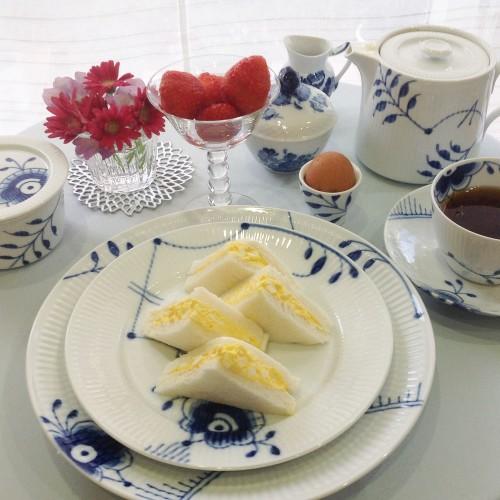 手抜きだけど優雅な朝食