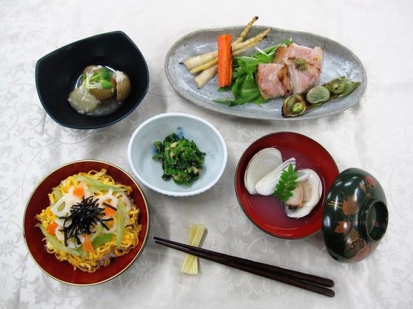 もち麦入りちらし寿司丼&豚肉の酒粕漬け