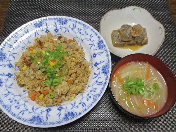 2019/4/20炒飯味の炊き込みご飯