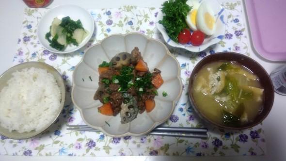 牛肉と根菜の炒め煮