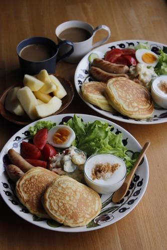 もちもち豆腐ホットケーキで朝食