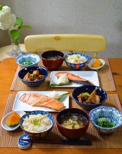 19.05.06(月)筍ご飯&筍の土佐煮