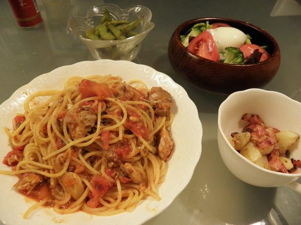 サバ缶とトマトのパスタの夕飯(4/27)