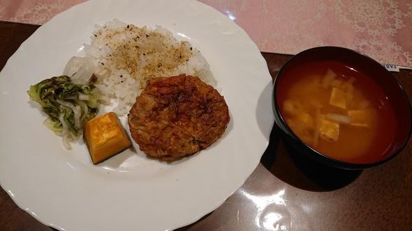 焼き豆腐のハンバーグ×ベトナムピクルス♥