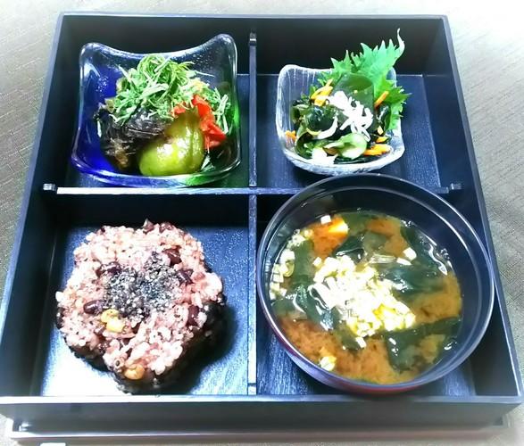 酵素玄米で自然食のお弁当