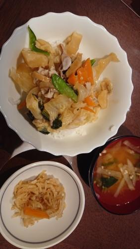 中華丼×切り干し大根×シャキシャキ味噌汁