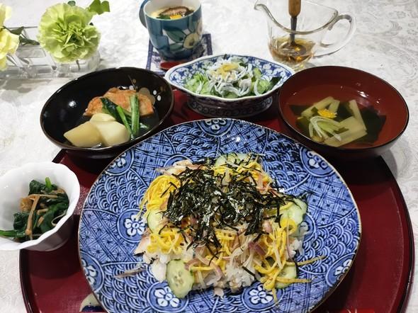 毎日の献立♪(丼・飯物・・鯵ちらし寿司)