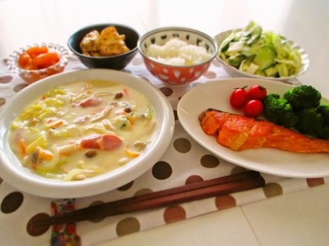 白菜のクリーム煮 鮭のムニエルと By Marrietty クックパッド