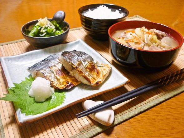 焼き魚&豚汁&酢の物で和夕食✿