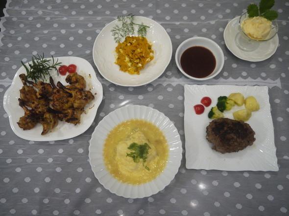豆腐好き夫婦と 骨付き肉好き息子の夕食♪