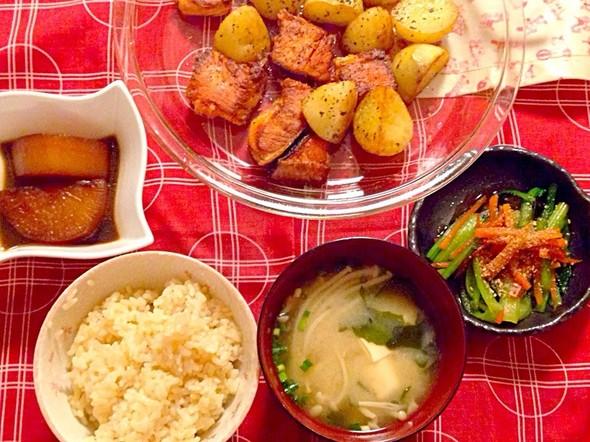 鮭じゃがバター+大根煮+小松菜胡麻和え