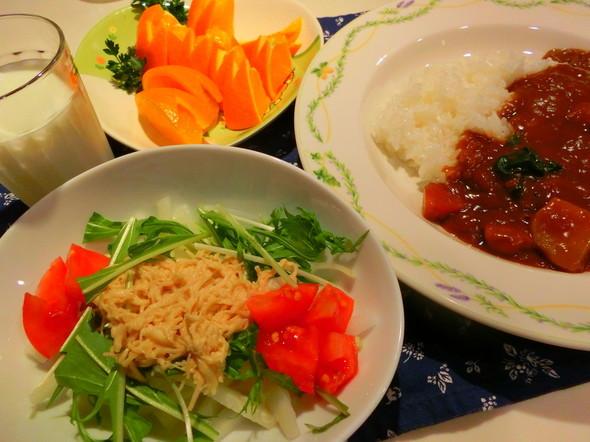 カレーライスと絶品大根サラダ