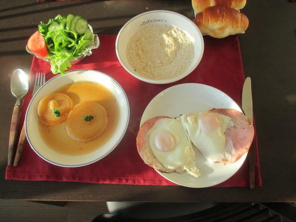 とある日の天皇陛下の朝食