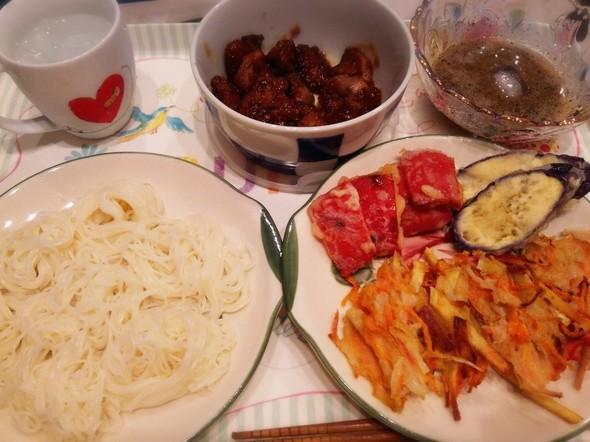 天ぷらと素麺とレバー!