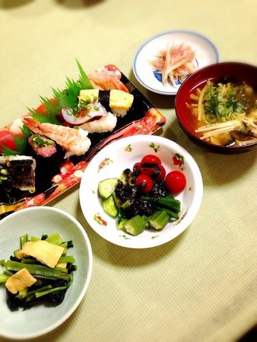 敬老の日祝膳だけど寿司は買いました(笑)