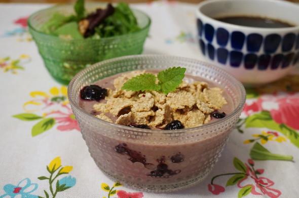 朝食☆アサイーボウル