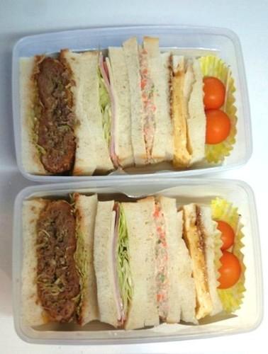 「サンドウィッチ」メインの献立