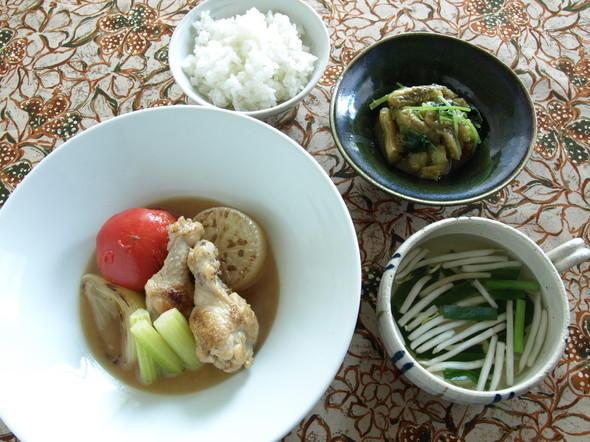 鶏手羽と大根のコンソメ煮の夕食献立
