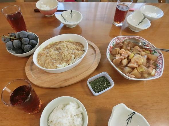 メインは、豚バラ肉と大根の煮物