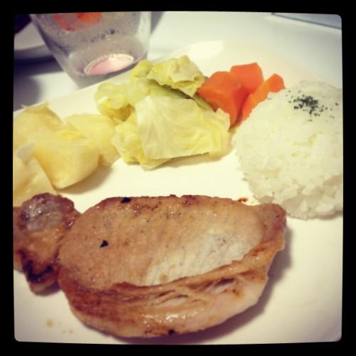 豚ロースの塩麹焼きと蒸し野菜プレート