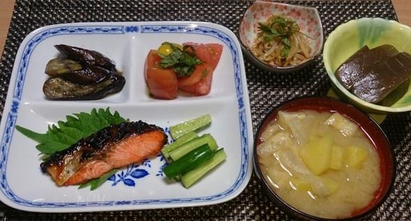 夕食 鮭の焼き浸し