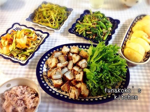 ・長芋肉巻き、ゴーヤ、小松菜、桃・