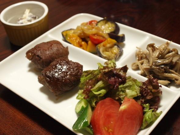 ポテトの牛肉包み焼きで晩ご飯(8/4)