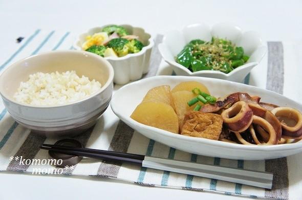 イカ大根と緑の野菜の夕食献立