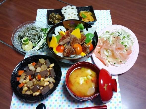 コロコロ野菜のステーキ丼で晩御飯~♪