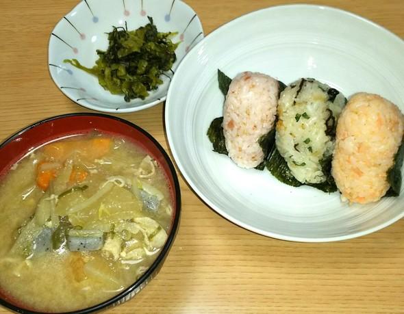 ☆15.09.19夕食☆豚汁おにぎり